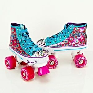 NEW YOUTH RARE SKECHERS TWINKLE TOES ROLLER SKATES
